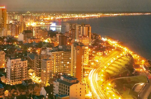 Mar Del Plata at night