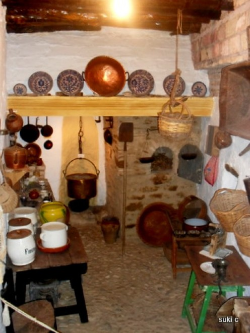 A room in the Riogordo ethnographic museum - my neighbour's house is remarkably similar to this!
