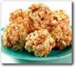 Caramel Nut Popcorn Ball.....            Yummy!