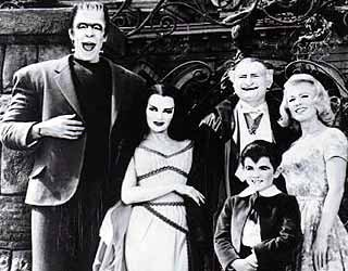 "De Carlo's Lily added a sense of allure to some sitcom fare on ""The Munsters."""