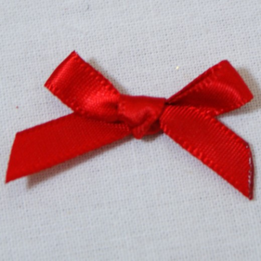 use the red ribbon bows to decorate
