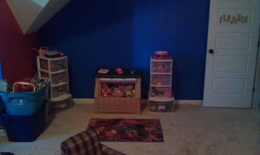 One side of the play room.