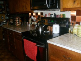 My cleared and cleaned kitchen counters