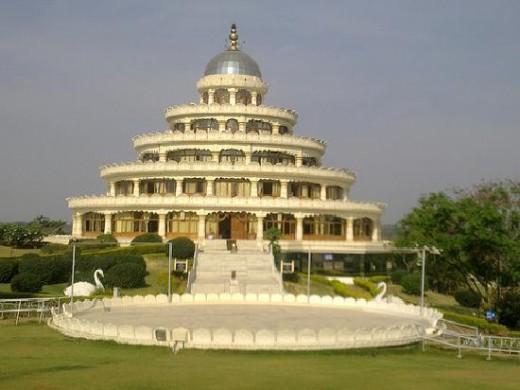 Vishalakshi Mantap-Ravishankar Guruji Ashram, 35 k. ms from Bangalore
