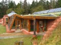 Extreme Green Living - Earthships!