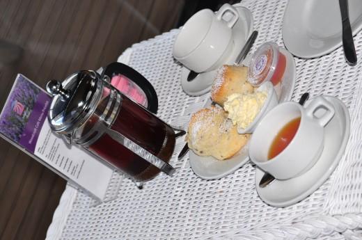 lavender tea + scones + lavender jam