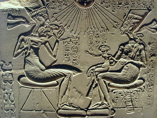 Akhenaten, Nefertiti, and children under the Aten