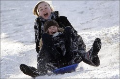 How To Help Kids Stay Busy on a Snow Day