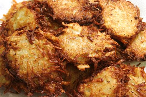 Potato Latkes. Image: © Lisa F. Young|Shutterstock.com