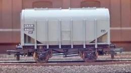 Hornby BR Standard grain hopper
