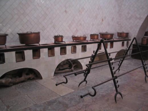Sintra's National Palace - The kitchen