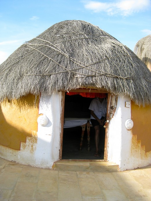 The traditional mud hut where we spent the night