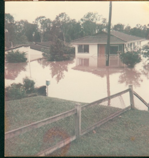 1974 floods almost covered the house