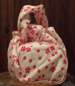 Furoshiki – Green, Earth Friendly Re-usable Wrapping Cloth