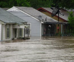 The Nashville flood of 2010, caused by by heavy rainfall and incompetence. Overflowing dams did not release their floodgates until the reservoirs reached critical levels.