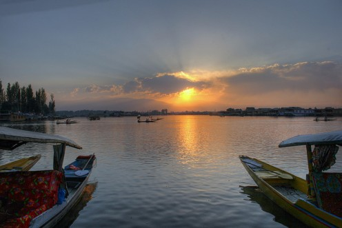 Beautiful Sunset (Dal Lake, Kashmir)