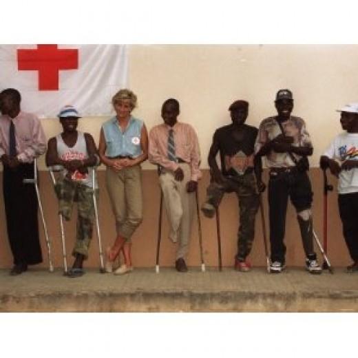 Princess Diana January 2001 Visits Landmine Victims at Orthopedic Centre Ruanda Angola