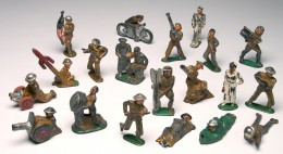 Set of toy soldiers.