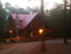 A Cabin in the woods: Great getaways in Broken Bow, OK