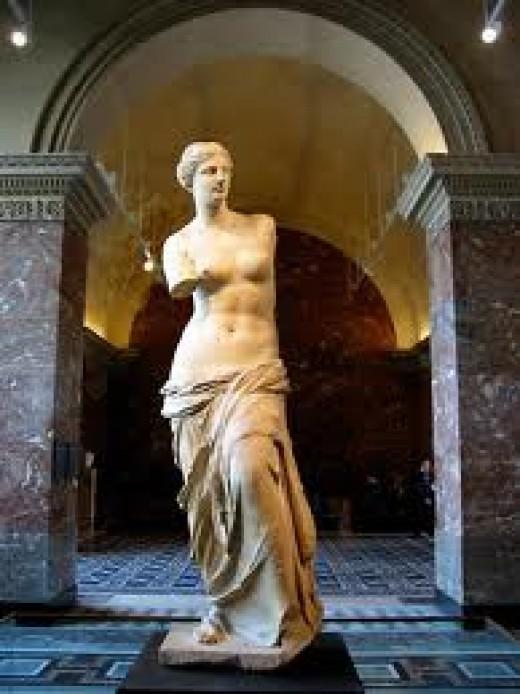 """I want this statue to look like the Venus de Milo,"" said Tom disarmingly."