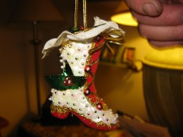Ornaments by Rusti. yes, I made that.