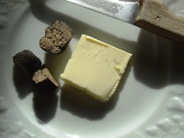 Truffles are a speciality of the the Dordogne, about ten minutes south of Videix and Les Trois  Chenes