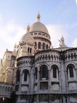 Day 2 in Paris: Exploring Montmartre, Champs Elysees & Eiffel Tower