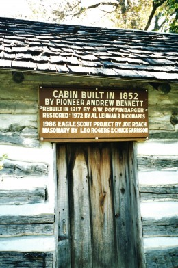 Pioneer cabin in Winterset, Iowa City Park