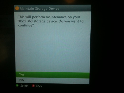 """Select """"Yes"""" to begin clearing the Xbox 360's cache."""