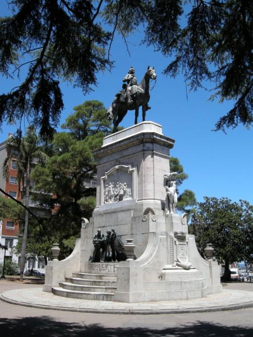 Monument to Bruno Mauricio de Zabala
