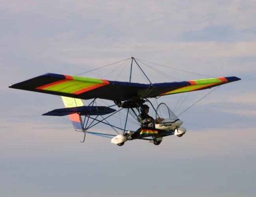 Ultralight jet-powered hang glider/aircraft