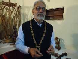 Artist Mr. Chopkar, with a joint less wooden necklace and pendent.