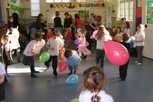 Keep Kids Occupied With Fun Party Games QtUTXS5X