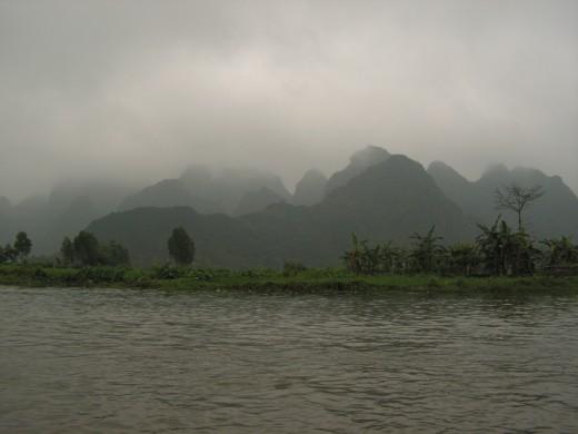 on the Yen (Swallow Bird) river