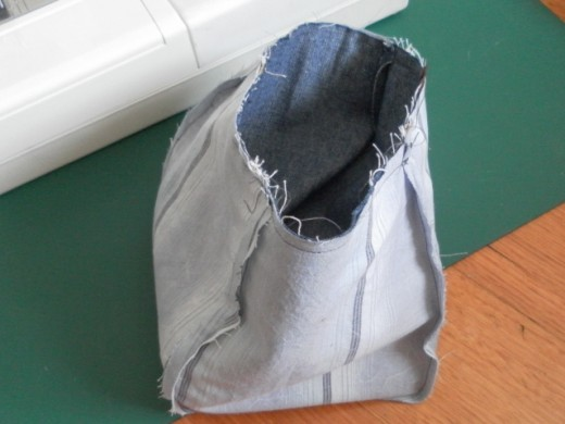 Sew cover and lining together.