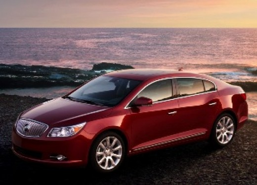 Buick LaCross, the choice for The Crook.