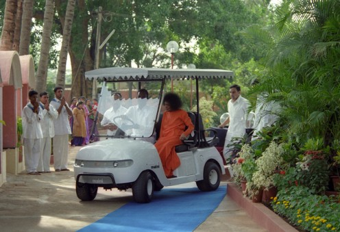 Those were the days when Swami, at times, would come for Darshan in the golf-car and return by walk...Some days, He chose to walk both ways...