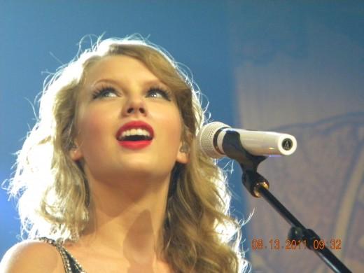 Taylor Swift Concert 2011 St. Louis, Missouri