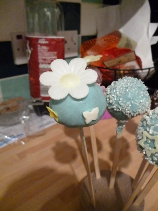With a bit of imagination you can make great looking cake pops.