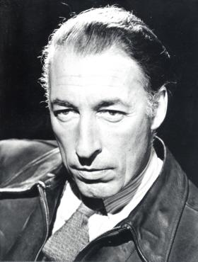 Louis MacNiece