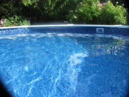 Glistening on dancing water