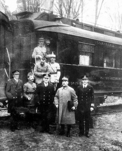 Taken on 11 November 1918 in the forest of Compiègne after reaching an agreement for the armistice that ended World War I.