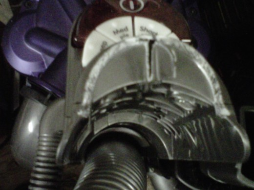 Dyson DC28, showing where it broke.