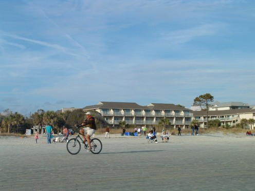 The hard packed sand on Hilton Head beaches make biking directly on the beach a popular activity for people of all ages.