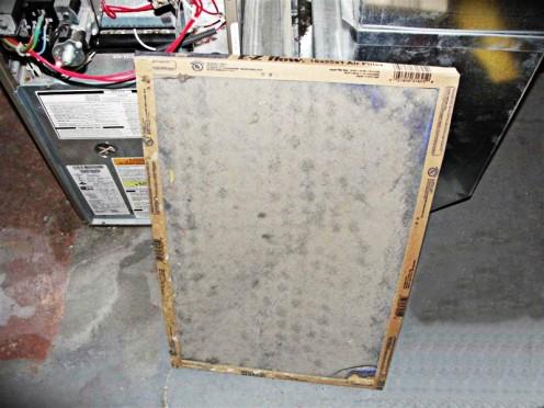 hvac tips how often should you change the air filter for your furnace hubpages. Black Bedroom Furniture Sets. Home Design Ideas