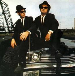 Dan Aykroyd and John Belushi as Elwood and Jake Blues. Used for illustrative purposes only.