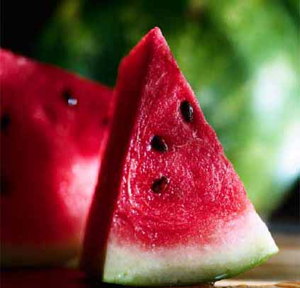 Beat the Summer Heat with Cooling Foods