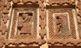 Two ladies performing the ritual of BAASIPAAT