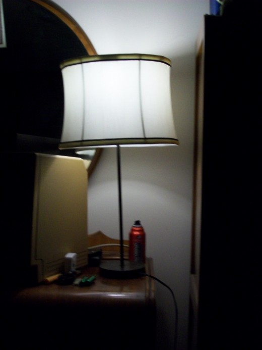 The same lamp with a CFL installed.  Notice that the light is more evenly distributed.