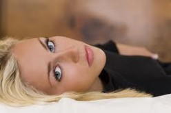 """LOOK AT THESE TRUE """"BEDROOM EYES,"""" ON THIS PRETTY BLOND. THERE AREN'T WORDS TO MEASURE HOW MUCH US GUYS LOVE """"THIS"""" LOOK."""
